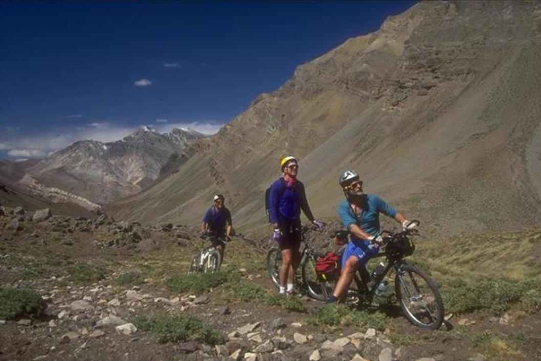 mountain bike in mendoza