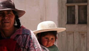 lady in quebrada de humahuaca